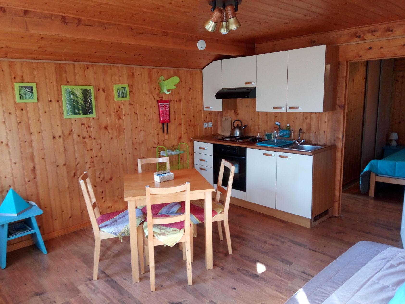 chalet-keuken-tafel-br-1685-pix-WEB