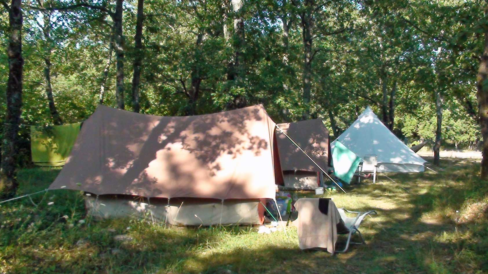 camping-rental-tents-8+guest-12-WEB