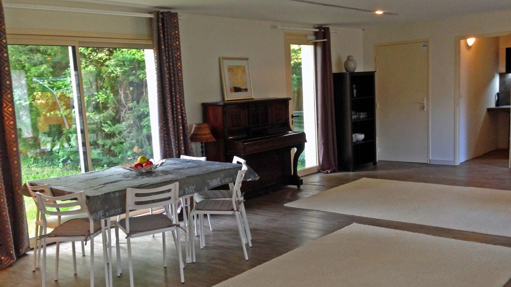 Bungaloft-piano-tafel-ingang-keuken-WEB