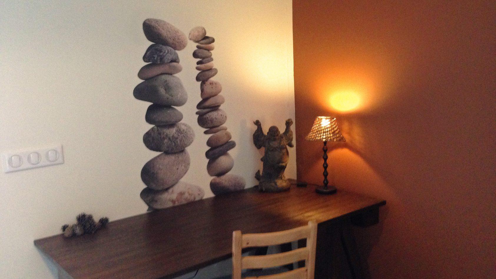 IMG_2416-Bungalot-desk-music-bureau-buddha-stones-WEB